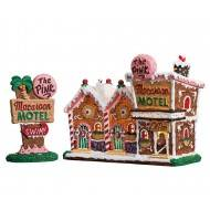 THE PINK MACAROON MOTEL, SET OF 2, B/O (4.5V)