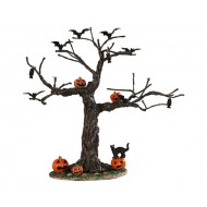 BATTY FOR PUMPKINS TREE